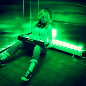DeeJay Shelly Goes Green